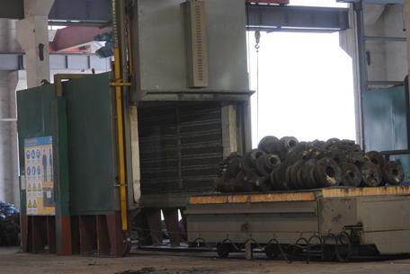 电阻炉加热温度采用pid过零触发可控硅,高精度智能表控温,控温精度高.